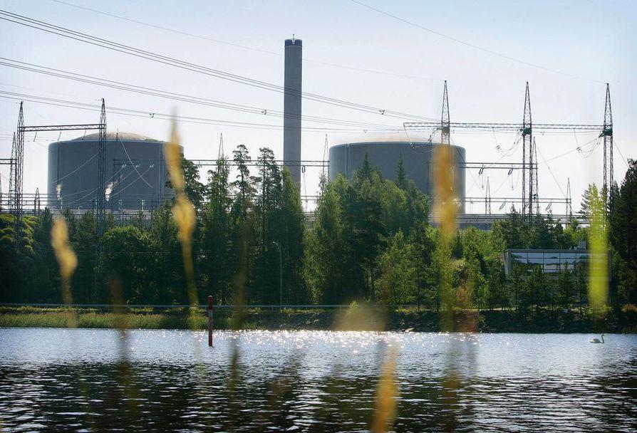 Loviisan ydinvoimalassa on kaksi reaktoria. Stukin turvallisuusarvio on keskeisessä roolissa siinä, myönnetäänkö laitoksella jatkolupaa vai ei.