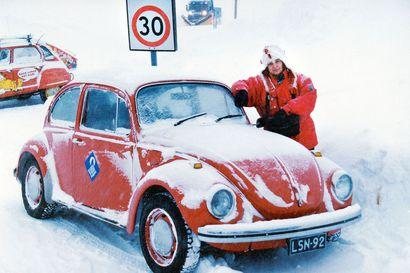 Kylmää kyytiä joulumaassa –Kirsi-Klaudia Kangas kiersi Kuplalla esittämässä nukketeatteria ympäri Lappia talvella 1979–1980
