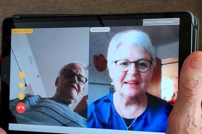 Aarne sai elämänsä ensimmäisen videopuhelun