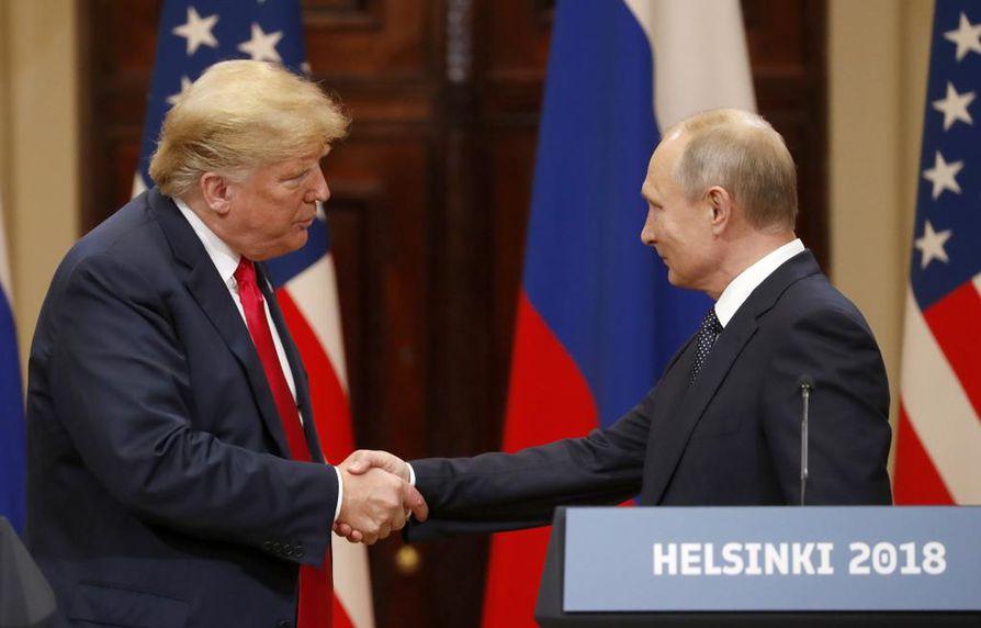 Vladimir Putin ja Donald Trump tapasivat Suomessa järjestetyssä huippukokouksessa kesällä 2018. Huippukokous kiinnitti maailman katseet Helsinkiin.