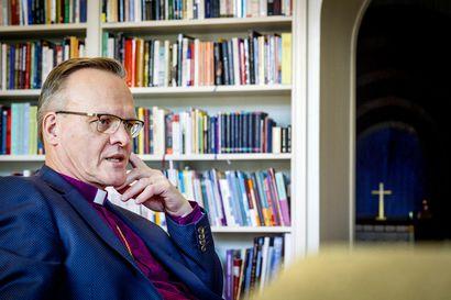 Piispainkokous ei päässyt yksimielisyyteen samaa sukupuolta olevien vihkimisestä – osa piispoista kannattaa avioliittokäsityksen muuttamista