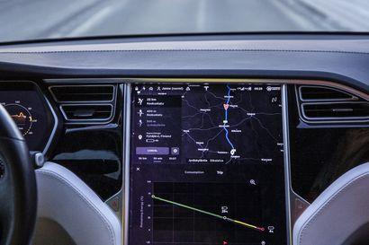 Sähköautotuki on suunnattava pääkaupungin raharikkaiden sijasta sinne, missä autoa tarvitaan eniten