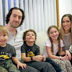 """Kärppäpuolustaja Shaun Heshka eristäytyi perheestään kolmeksi viikoksi kotinsa kellarikerrokseen, kun hän sairastui koronavirukseen – """"Vaikeinta oli istua siellä yksin ja miettiä, heräänkö parempana vai sairaampana"""""""