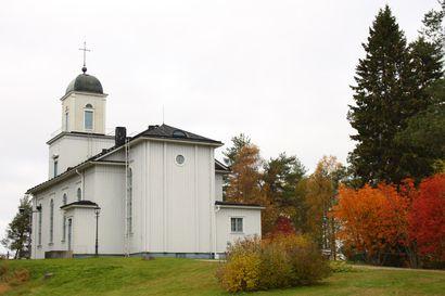 """Taivalkoskelta välitetään kirkonmenoja jopa 150 000 hengen seurakunnalle – """"Tämä on seurakunnalle ja seurakuntalaisille näytön paikka"""""""