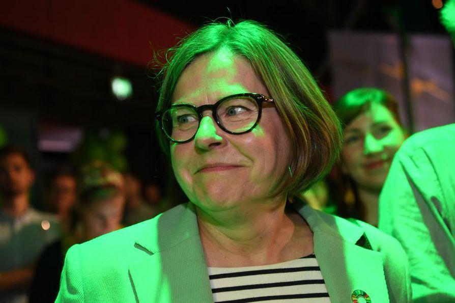 Heidi Hautala (vihr.) totesi, että hänelle vaalituloksen odottelu on aina pieni painajainen.