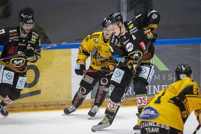 Kärpät avasi kautensa voitolla – Mika Pyörälälle Liiga-uran 200:s syöttöpiste