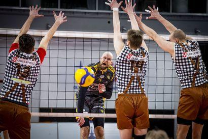 Tukilipun ostajat lähettivät Savo Volleyn pelaajat pyöräretkelle