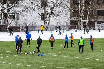 Miesten ja naisten jalkapalloliigat saivat aloituspäivämäärät – Pelit jatkuvat marraskuun loppuun asti