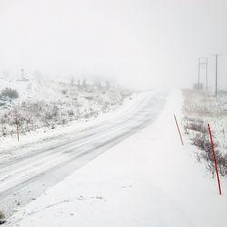 """Kittilässä on jo puolisen metriä lunta, ja lisää tulee – koko Lappiin lumia odotellaan keskiviikosta alkaen """"ihan kunnolla"""""""