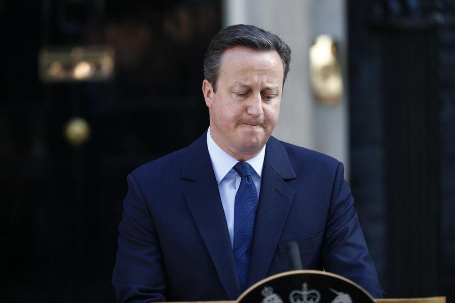 Pääministeri David Cameron sanoi eilen eroavansa tehtävästään ja jättävänsä EU-neuvottelut seuraajalleen.