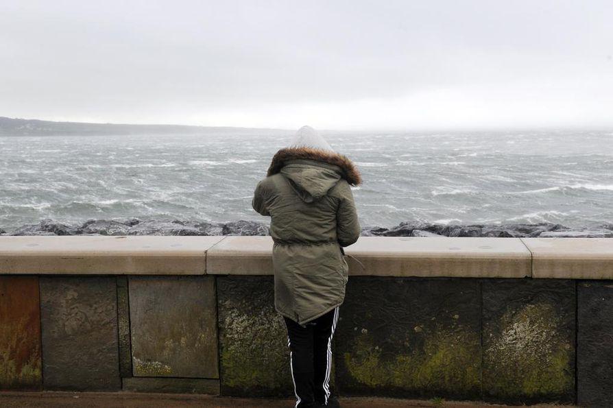Keskittymiskyvyn puutteen ja mielen alavireisyyden syy saattaakin löytyä suolistosta, ravintovalmentaja Annika Havaste sanoo.