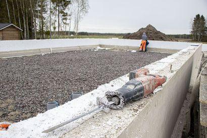 Markkinaoikeus määräsi 3,2 miljoonan maksut rakennuseristeiden hintakartellista: Jackon Finland, UK-Muovi ja Styroplast sopivat etenkin routa- ja lattiaeristeiden hinnankorotuksista