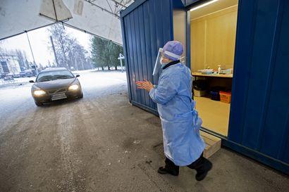 Raahen suosituimmalla autokaistalla on tehty tämän vuoden aikana tuhansia testejä – Raahen infektiopoliklinikka on auki joulunpyhinäkin