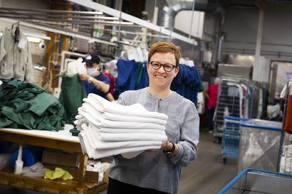 Meri-Lapin Keskuspesulan yrittäjä Annaleena Laakso huolestui pyykkien omavalvonnan puutteista – kehitti alalle mullistavan menetelmän, joka on ainoaa laatuaan koko Suomessa