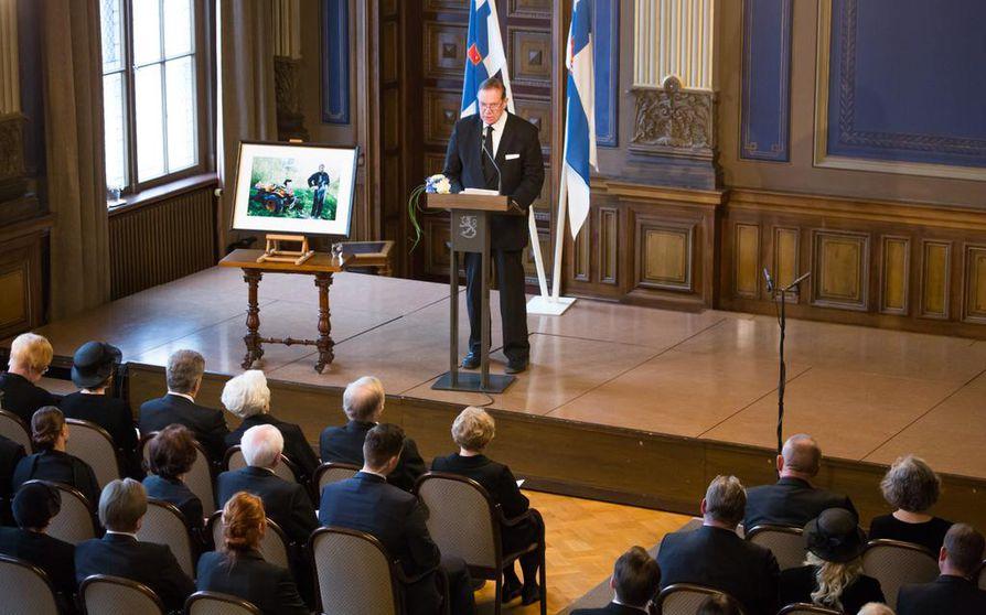 Muistotilaisuudessa puhui entinen pääministeri Paavo Lipponen (sd.).