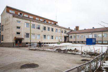 Ounaskosken yläasteen kohtalo vielä auki Rovaniemellä: suojeluesitys tehtiin vuonna 2010 – ely-keskuksen päätös tulossa tällä viikolla