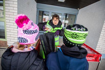 Hallituksen uusi linjaus ei tuonut ryntäystä kouluille: Lapin kunnissa lähiopetukseen palasi maanantaina vain jokunen oppilas