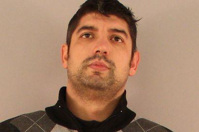 Poliisi pyytää havaintoja tästä miehestä – Epäillään vakavasta väkivallasta