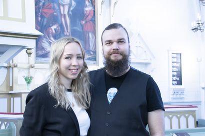 Siikalatvan seurakunnalla uusia lähetystyöntekijöitä – Joanna ja Petteri ovat siikalatvasten ja pyhäntästen ensimmäiset lähetit Japanissa