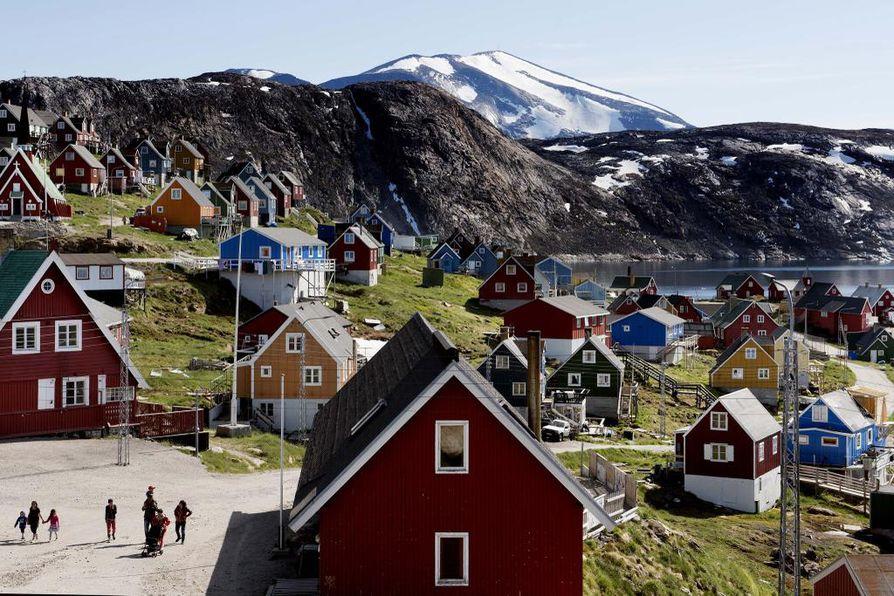 Maailmalla on viikon verran kummasteltu Yhdysvaltain presidentin Donald Trumpin äkillistä halua ostaa Grönlanti Tanskalta.  Arkistokuva Grönlannista.