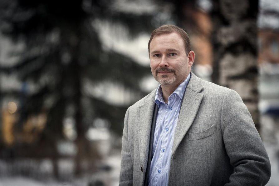 Suomen työllisyysasteen pitäisi nousta lähemmäksi 80 prosenttia, jotta hyvinvointipalvelut voidaan säilyttää, Suomen Yrittäjien työmarkkinajohtaja toteaa.