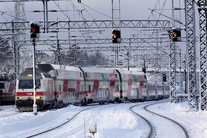 Selvitys korostaa kaksoisraiteen merkitystä Pohjois-Suomelle – Oulun ja Ylivieskan välinen yksiraiteinen rataosuus on tiheästi liikennöity ja hyvin häiriöherkkä