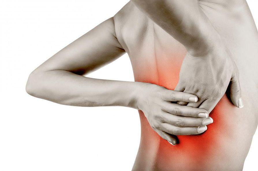 Pitkittynyttä kipua voi yrittää taltuttaa tanssin, kosketuksen tai hyvien elokuvien avulla.