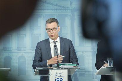 Valtiovarainministeriö paransi talousennustettaan – elpyminen voi tyssätä koronan kiihtymiseen
