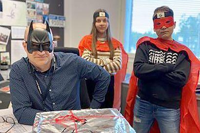 Metsokankaan koulun kahdeksasluokkalaiset kehittivät eskareille ja ekaluokkalaisille rohkeusvalmennusmenetelmän, joka leviää nyt koko Suomen kouluihin
