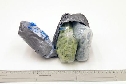 """""""Luultiin, että tästä ei voi jäädä kiinni"""" – Poliisitutkinta tuli yllätyksenä melkein kaikille Silkkitieltä huumeita ostaneille lappilaisille"""