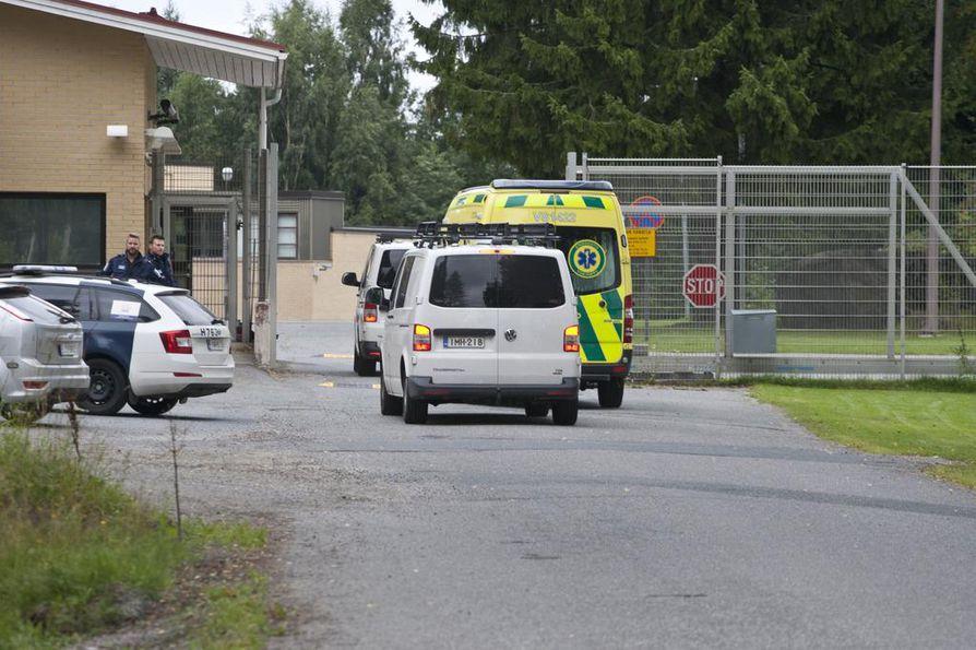 Turun puukotusten pääepäilty Abderrahman Bouanane  siirrettiin Hämeenlinnan vankisairaalaan 23. elokuuta.