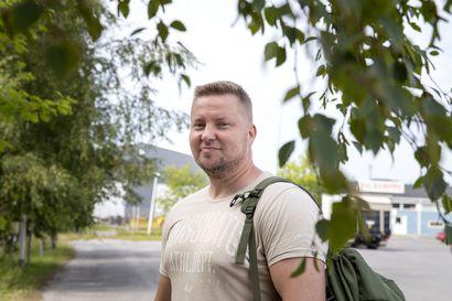 """Vanhuspalveluiden henkilöstöpulaan haetaan Oulussa vastausta oppisopimuskoulutuksista –  """"Liian paljon on sellaista, että ikäihminen jää yksin neljän seinän sisälle"""""""
