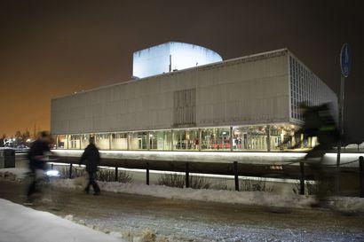 Kulttuuri ei ole vain menoerä – Oulun teatterin tuen ankara nirhaus voi aiheuttaa kaupungille enemmänkin hallaa