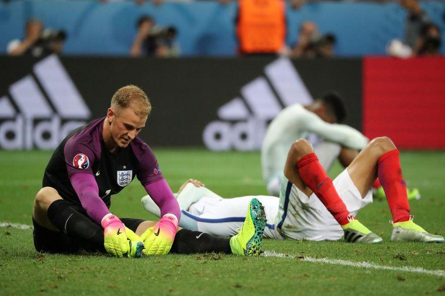 Englannin maalivahti Joe Hart tappion jälkeen.