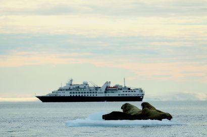 Uutisanalyysi: Sauli Niinistö haluaisi yhä isännöidä arktista huippukokousta, mutta voiko se onnistua? – Sotilaiden tulo neuvottelupöytään olisi riski, turvallisin puheenaihe puolestaan ilmastonmuutos