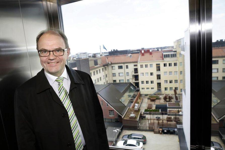 Oulun OP:n toimitusjohtaja Timo Levon seuraaja valitaan syksyllä.