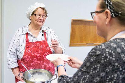 """Vapaaehtoistoimintaa suurella sydämellä – """"Ryhmätoiminta antaa hyvää mieltä ja iloa ihmisten kohtaamisesta"""""""