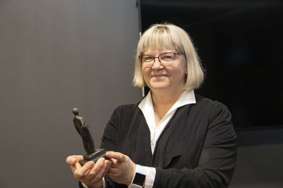 Jopa kuntajohtaja kokee koronaviestinnän pyörryttäväksi –Tiedottaminen vaihtuvissa tilanteissa ei ole aina helppoa Paula Karsi-Ruokolaisen mielestä