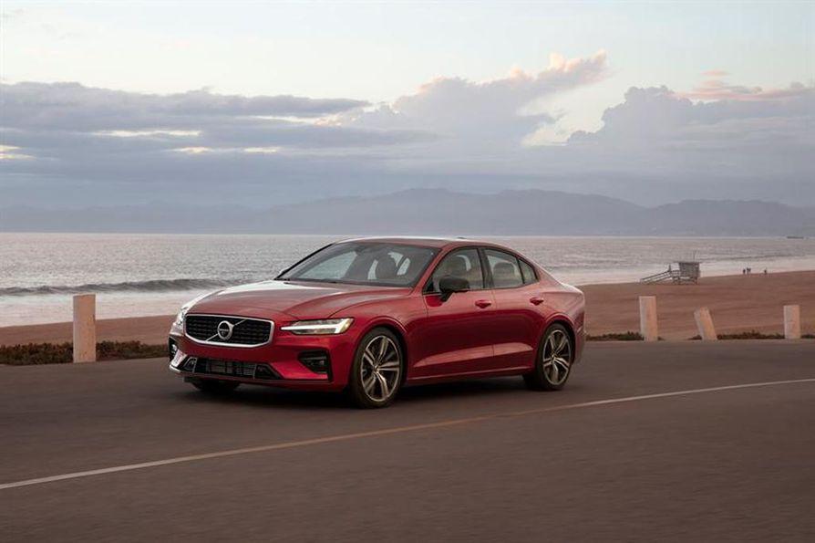 Ensi vuodesta alkaen uusien Volvojen nopeus on rajoitettu 180 kilometriin tunnissa.