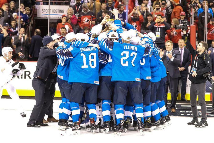 Suomi voitti jääkiekon nuorten maailmanmestaruuden – Kuparille jo ... 7ae5071fc6