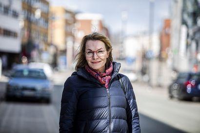 Ulla-Kirsikka Vainio aloittaa kaupunginjohtajana maanantaina – Töissä ratkottavana kaupungin talouskurimus, vapaa-ajalla metsästyskortin hankinta