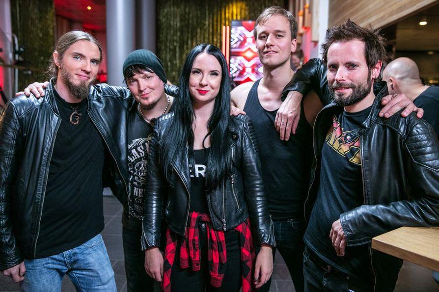 Laulaja Jonna Jauhiaisen JAYHO-bändi pääsi jatkoon X Factor Suomen toisessa jaksossa.