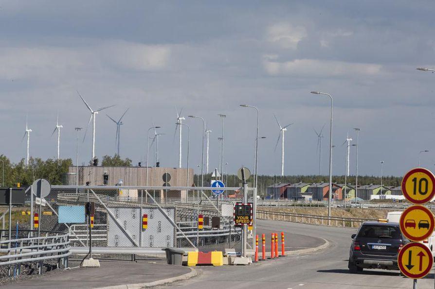 Pyhäjoen Hanhikivenniemelle rakennetaan ydinvoimalaa, josta kolmannes on Venäjän valtion omistuksessa.