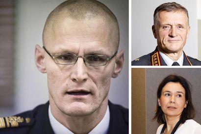 """Armeijan """"kummisetäjärjestelmästä"""" kertonut henkilöstöpäällikkö irtisanoutui – Arvosteli aiemmin kenraali Kivisen ja laillisuusvalvojan toimintaa"""