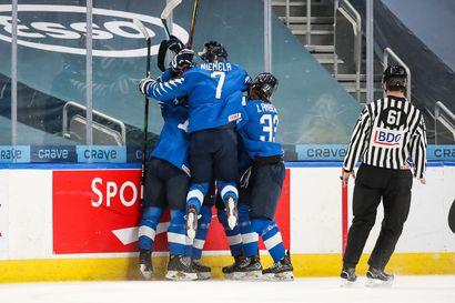 Kärppäbarometri: Leijonat komeasti mitalipeleihin Edmontonissa – Niemelä jäi pisteittä Ruotsi-voitossa, Rädyn maali hylättiin paitsiona