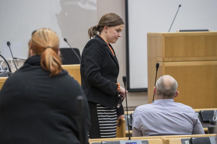 Oululainen kansanedustaja Mari-Leena Talvitie (kok.) on muun muassa puolueensa puoluevaltuuston puheenjohtaja.