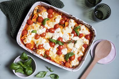 Ruokaa ei aina tarvitse tehdä alusta asti itse – näillä resepteillä teet pelmeneistä, ravioleista ja muista puolivalmisteista astetta parempia aterioita
