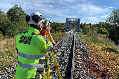 Laurila–Tornio-radan maastotyöt jatkuvat syksyn – Sähköistyksen rahoitus on vielä auki, vaikka periaatteessa vihreää valoa on saatu