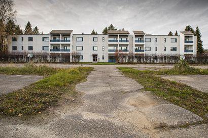 Kaikkiin ei vaan nyt riitä asukkaita kun väki vähenee: Yli 1900 asuntoa Raahessa vailla vakituista asujaa