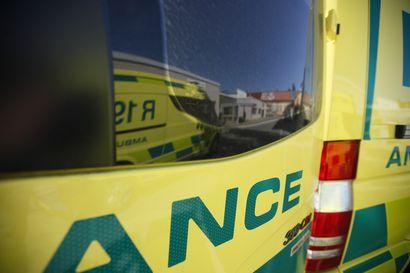 Kaksi nuorta loukkaantui mopoauton suistuttua tieltä perjantaina Sallassa – Kuski väisti tielle juossutta poroa